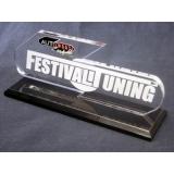 troféu com placa