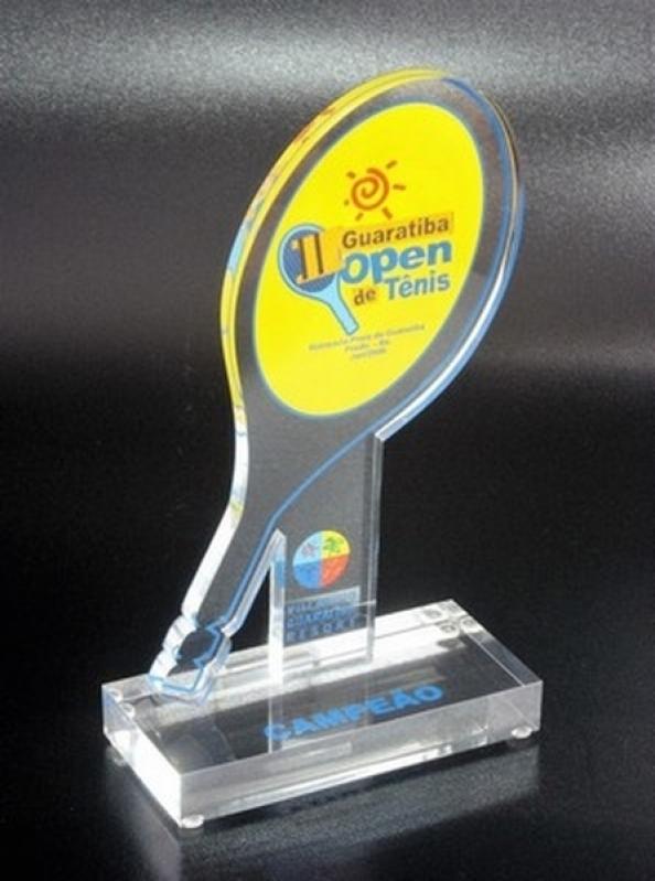Troféu de Acrílico para Jogador Futebol Valor Santo Amaro - Troféu Futebol Americano Acrílico