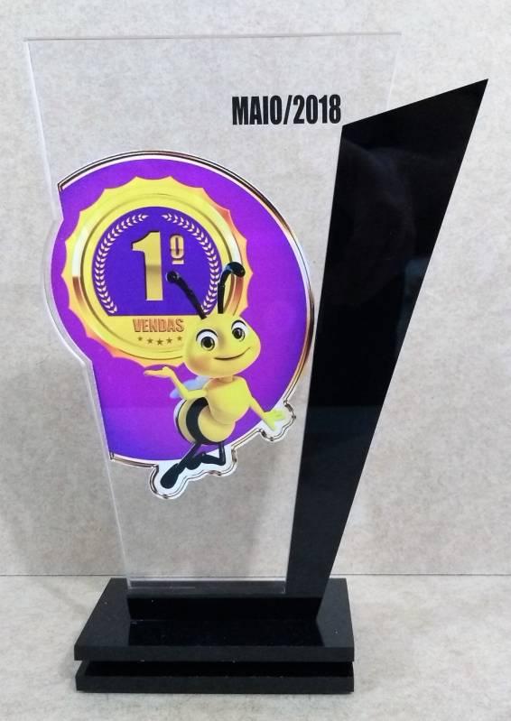 Troféu em Acrílico para Homenagem Perus - Troféu e Medalha em Acrílico